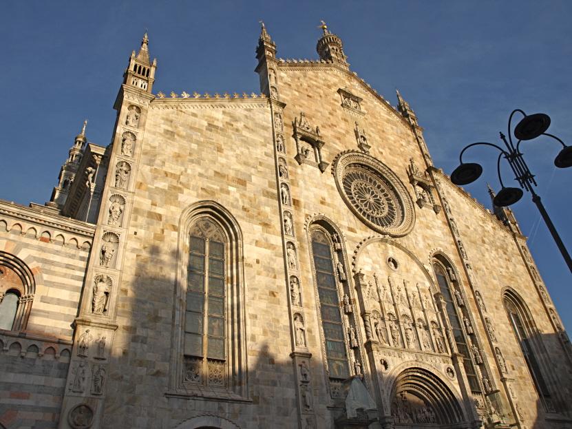 Como-cathedral-el-Duomo-image-by-Andrea-Montgomery